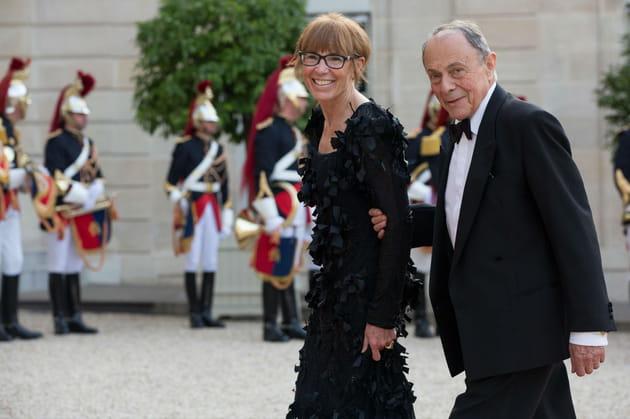 Reçu en grande pompe avec sa femme, Sylvie Pélissier