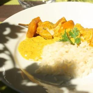 brochette de poulet et mangue au curry