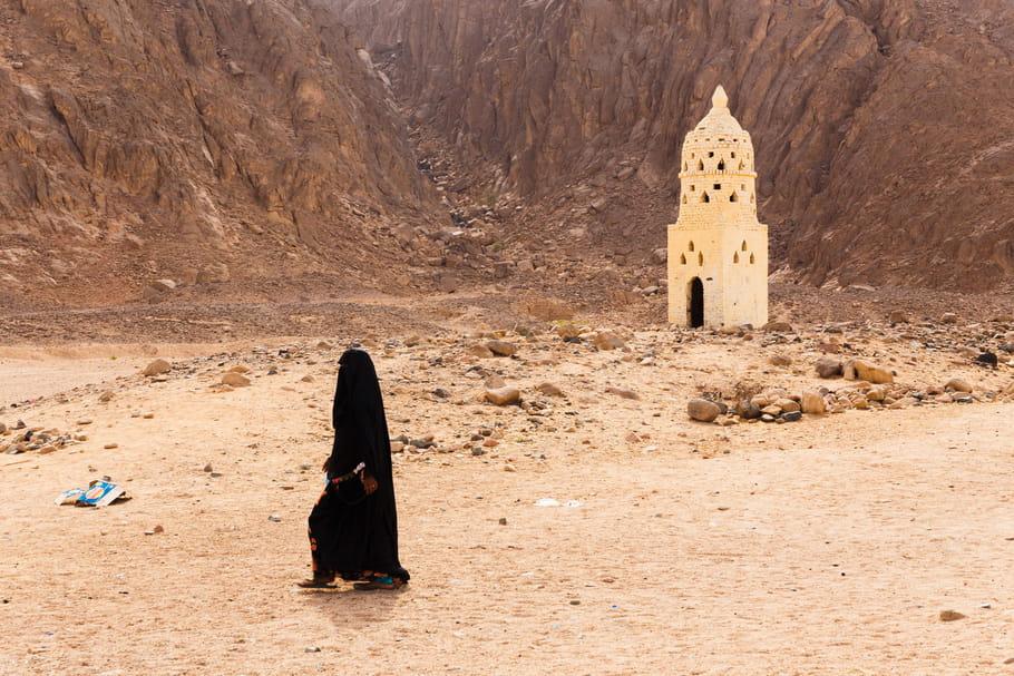 Daech et les femmes : combattantes, complices ou esclaves ?