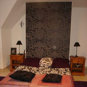installer une jolie t te de lit. Black Bedroom Furniture Sets. Home Design Ideas