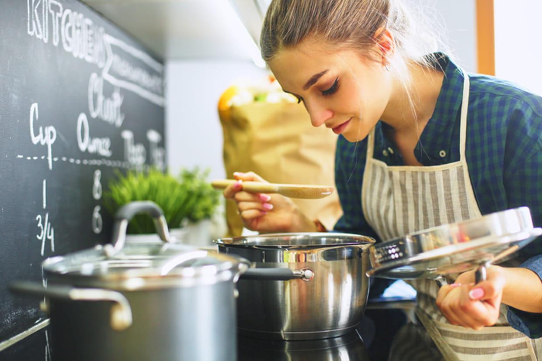 Cuisine Au Gaz Ou Induction gaz, vitro, induction : que choisir pour sa cuisine ?
