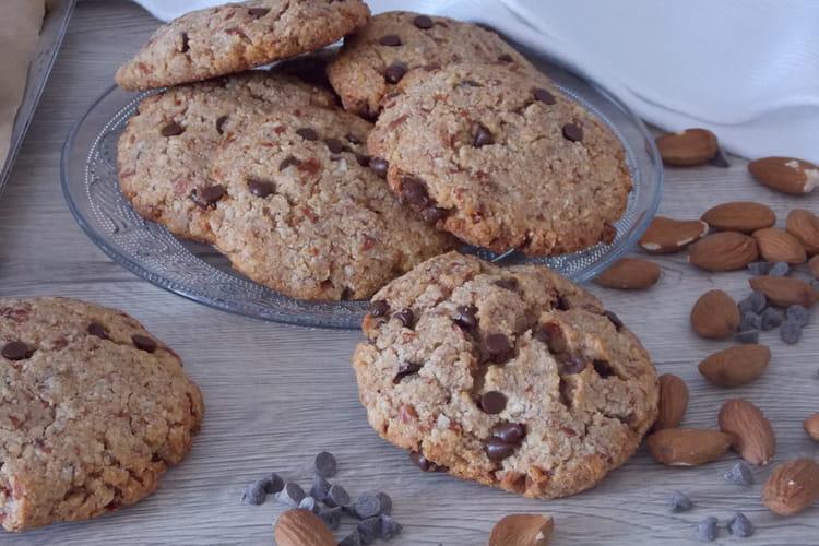 Big cookies à l'okara et pépites de chocolat, sans sucre, sans beurre et sans gluten