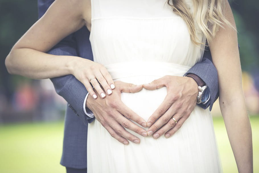 Où acheter sa robe de mariée de grossesse ?