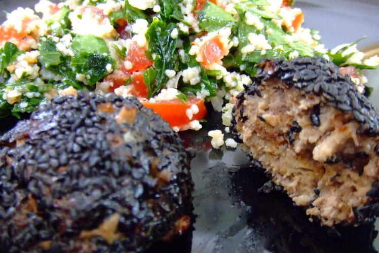 Boulettes de viande au sésame noir