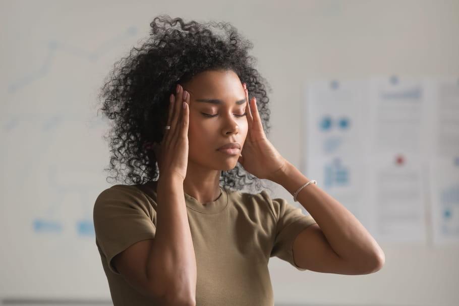 Déséquilibre de l'oreille interne: symptômes, que faire?