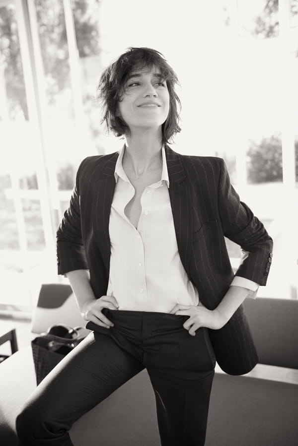 charlotte gainsbourg pour gerard darel le retour en gr ce. Black Bedroom Furniture Sets. Home Design Ideas