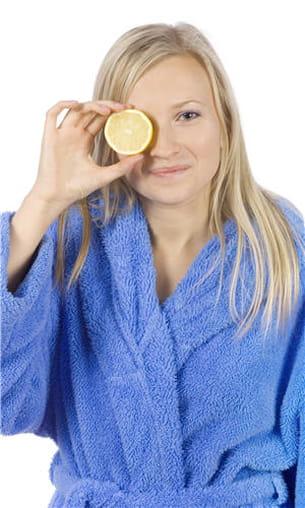 le citron peut aider la digestion, à condition de ne pas souffrir de brûlures