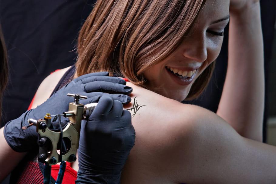 Comment trouver un tatoueur?
