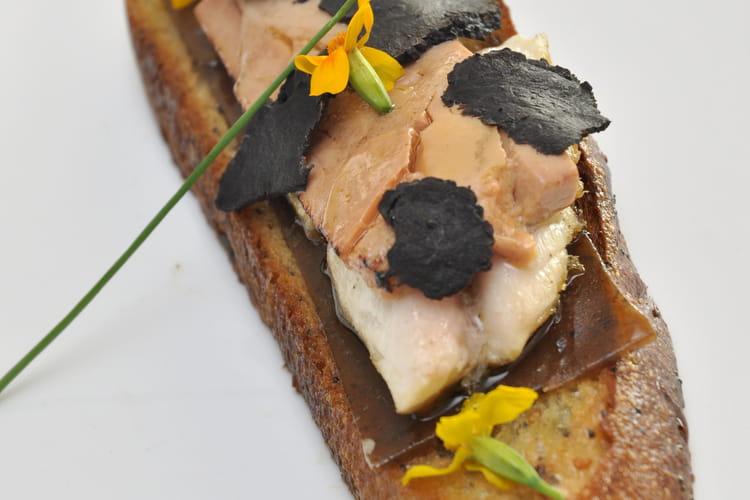 Tartine Terre-Mer maquereau de foie gras poêlé comme un Rossini