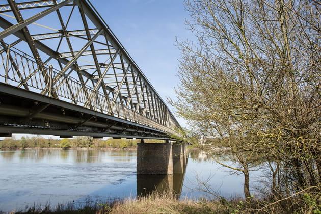 Passer sur le Pont de Pruniers