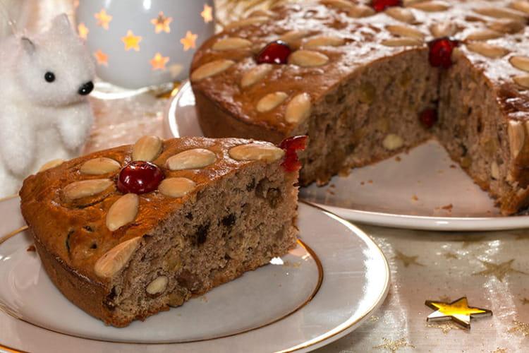 Gâteau de Noël aux fruits secs et confits, à la Grappa