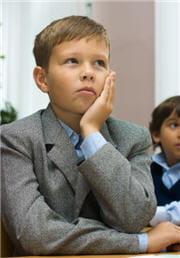il s'ennuie ferme à l'école, alors vous vous dites qu'il est sûrement surdoué ?