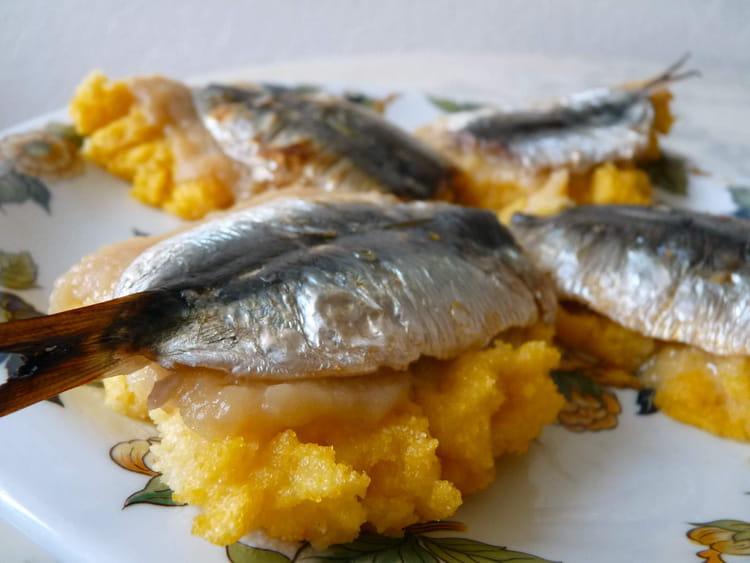 Recette de bruschetta de polenta sardines citronn es - Cuisiner des filets de sardines fraiches ...