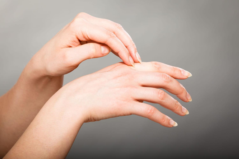 Dermatologie: causes, symptômes, traitements des problèmes de peau