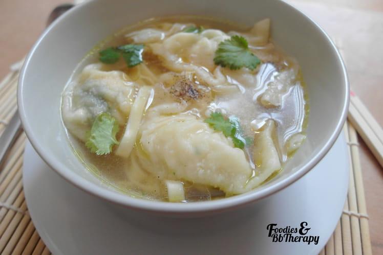 Soupes aux raviolis
