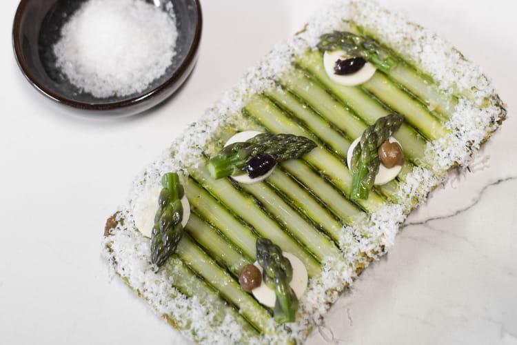 Tarte aux asperges et Parmigiano Reggiano par le chef Pierre Augé