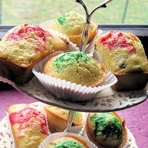 muffins colorés aux petits raisins