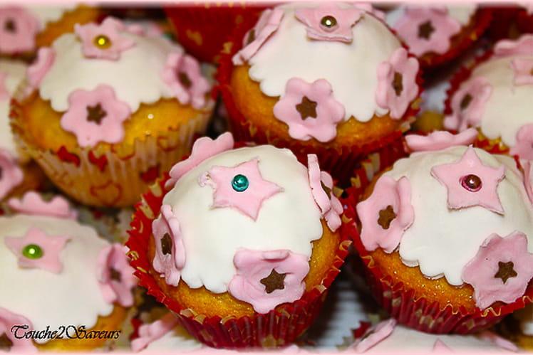 Cupcake vanille pate à sucre