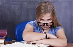 la puberté précoce a souvent des répercussions psychologiques sur l'enfant.