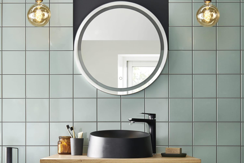 Quel revêtement mural choisir pour ma salle de bains?