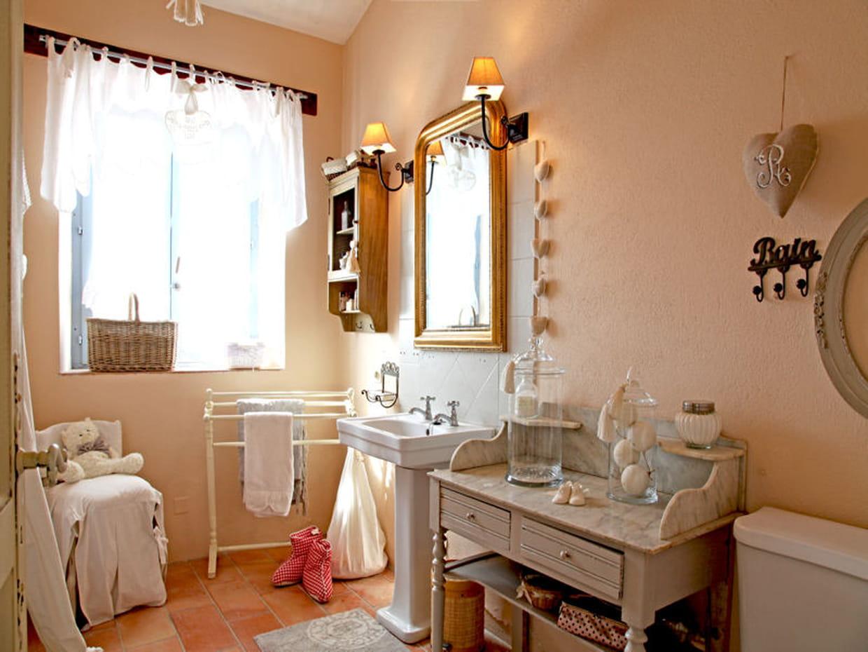 des accessoires romantiques. Black Bedroom Furniture Sets. Home Design Ideas