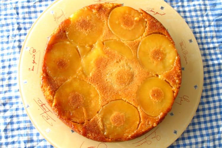 Gâteau aux pommes, vanille et rhum