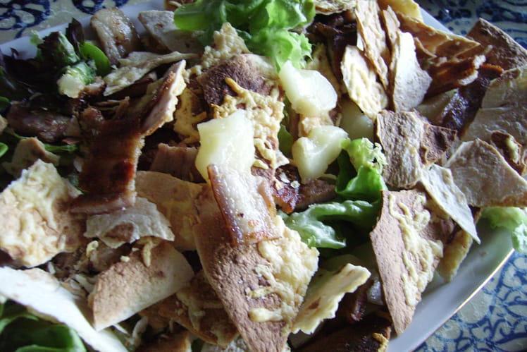 Tortilla en salade sucrée-salée