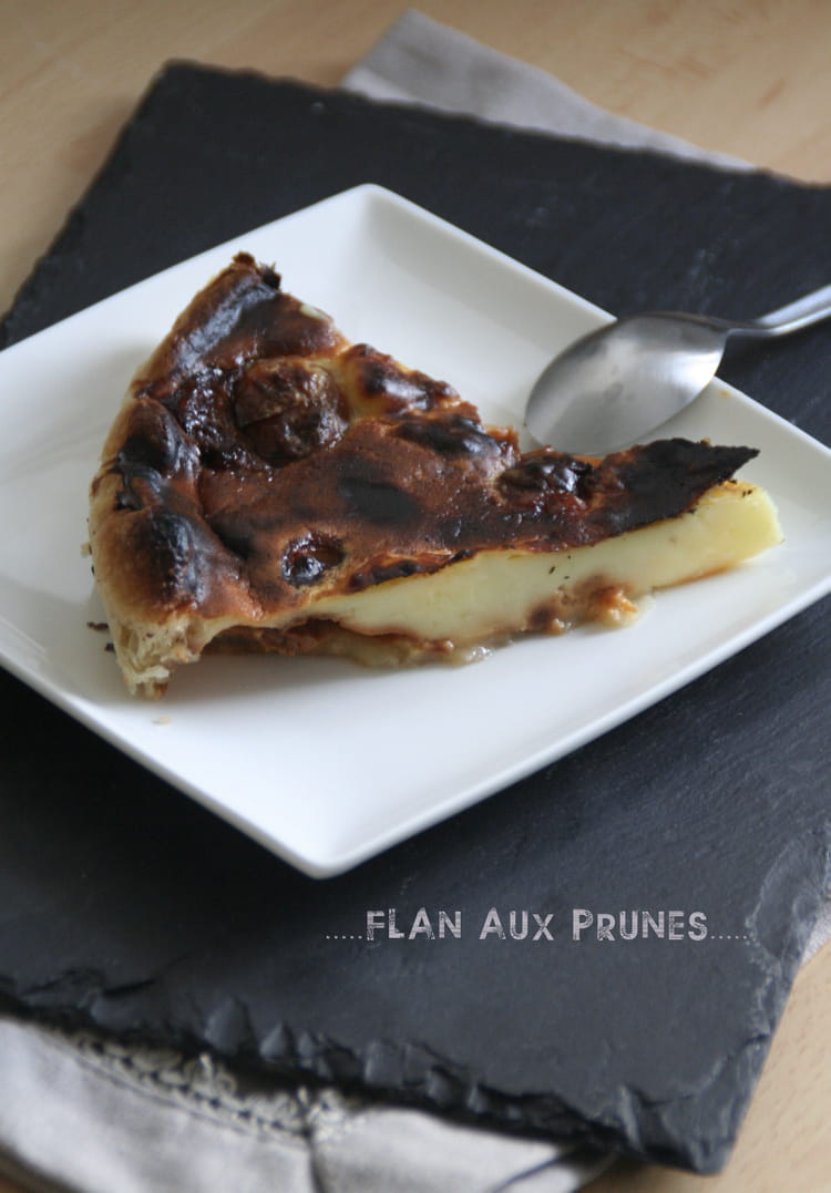 recette de flan aux prunes la recette facile. Black Bedroom Furniture Sets. Home Design Ideas