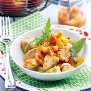 blanc de poulet rôti et chutney de pêches jaunes