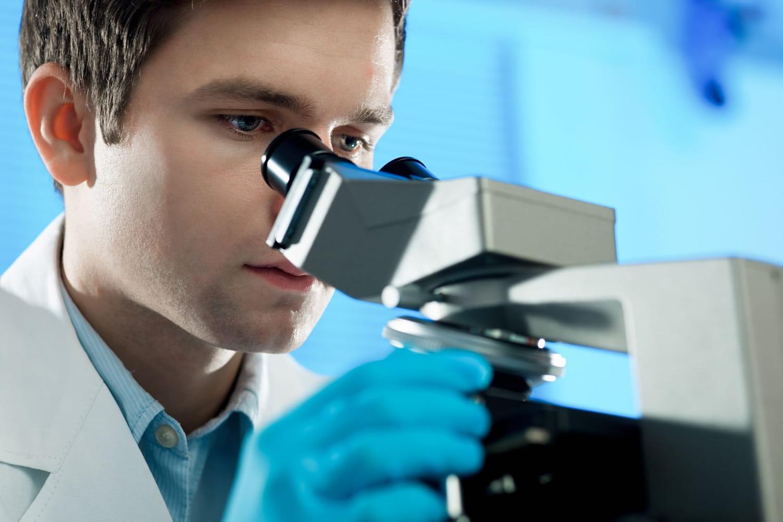 Traquer le cancer avec une prise de sang en 3questions / réponses