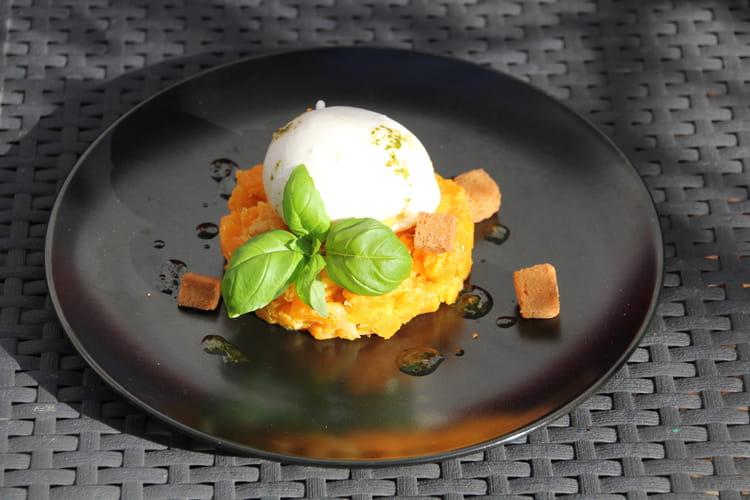 Burrata à la compote de butternut et abricots secs