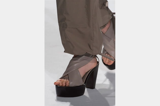 Chalayan (Close Up) - photo 38