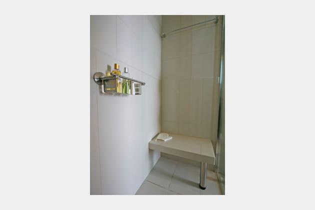 Espace à la douche
