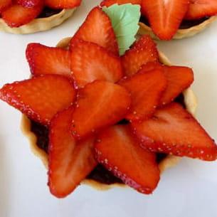 tartelette aux fraises et choco façon carpaccio