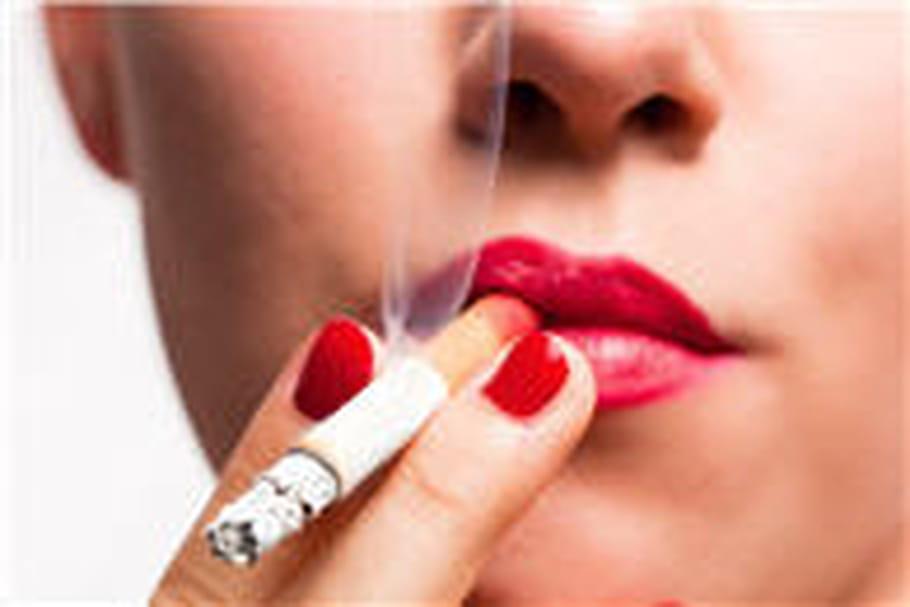 Cigarette électronique : à éviter selon l'Afssaps