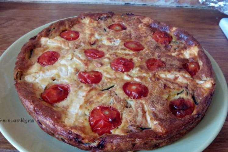 Clafoutis salé à la courgette, tomates et au coeur de feta