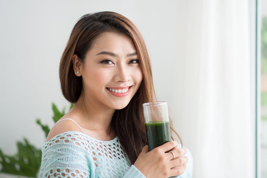 L'eau de chlorophylle: quels sont les bienfaits de cette boisson anti-âge?