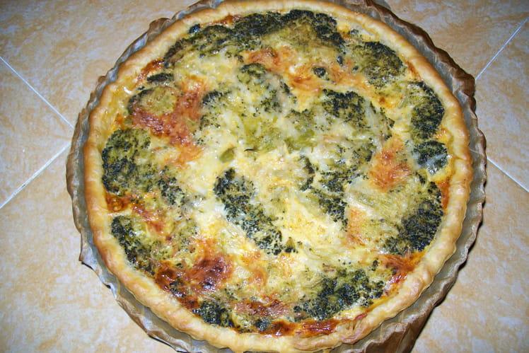 Recette de quiche aux brocolis la recette facile - Cuisiner brocolis surgeles ...