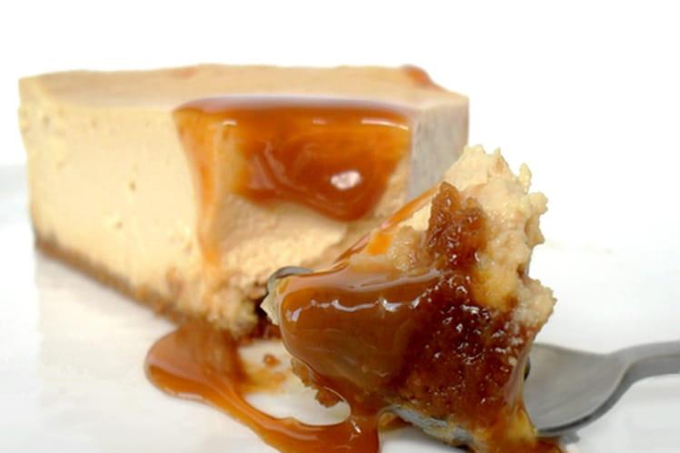 Cheesecake à la confiture de lait et éclats de caramel