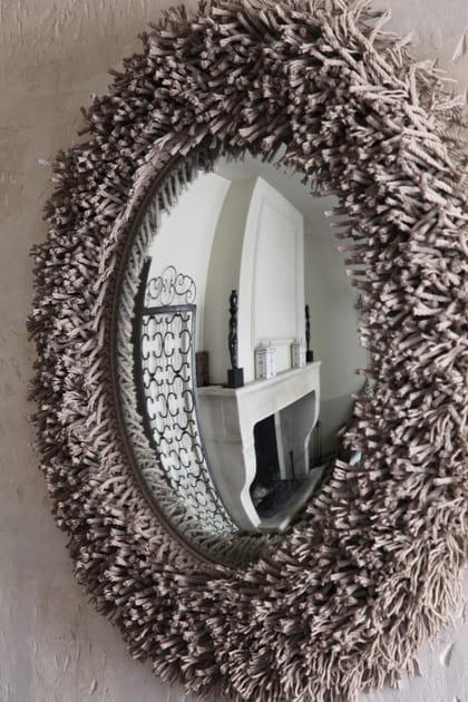 Un miroir oeil de sorcière