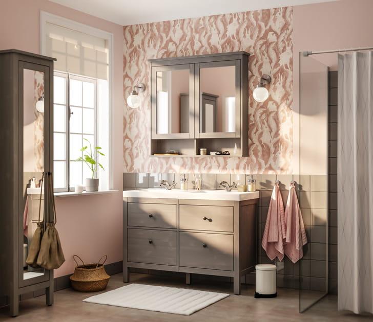 Salle de bains IKEA poudrée
