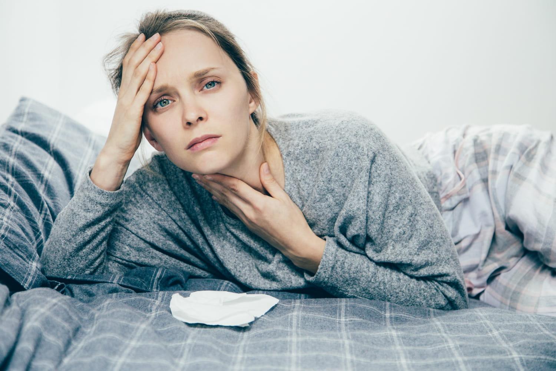 Angine herpétique: causes, durée, solutions