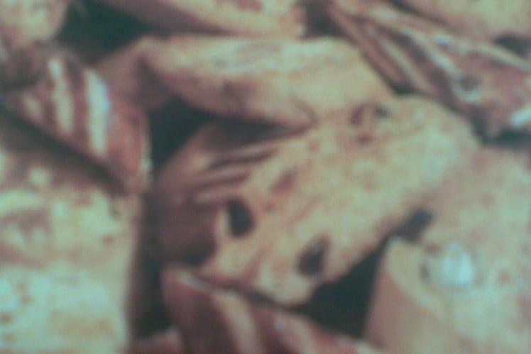 Fekkas aux raisins secs et aux amandes