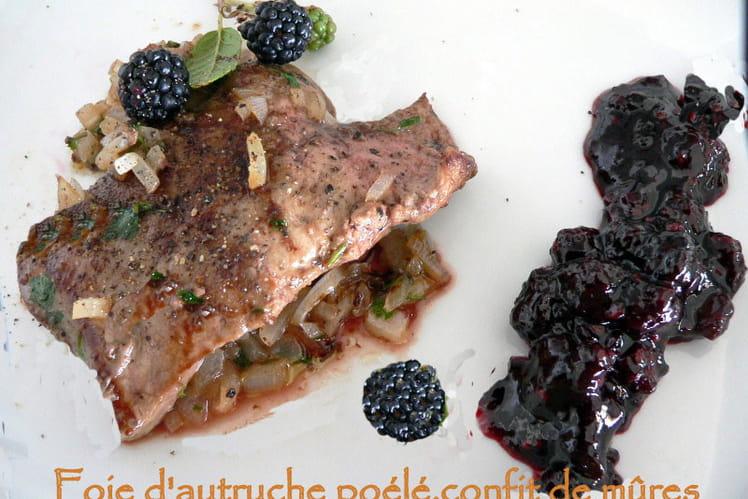 Foie d'autruche poêlé, confit de mûres