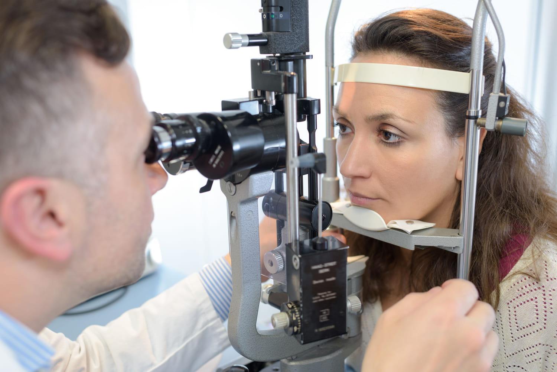 Névrite optique: c'est quoi, symptômes, quelle guérison?