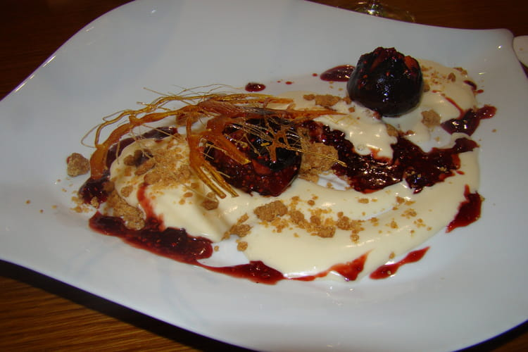 Tiramisu et figues roties au caramel de framboise