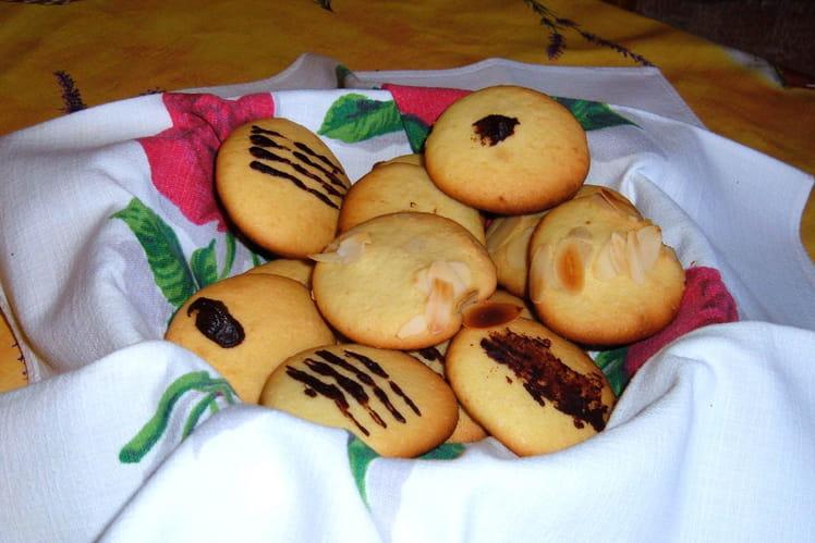 Petits gâteaux coco-amandes