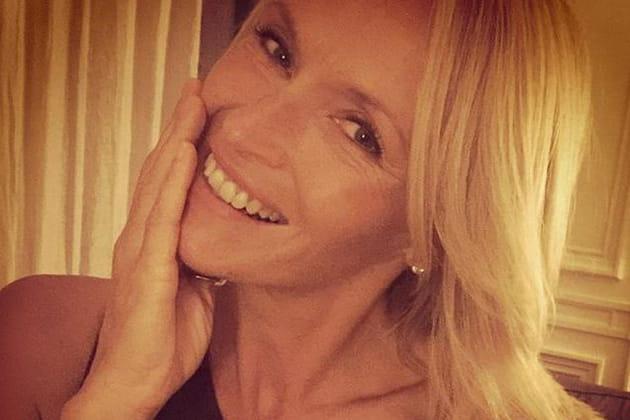 Estelle Lefébure : 50 ans et toujours au top