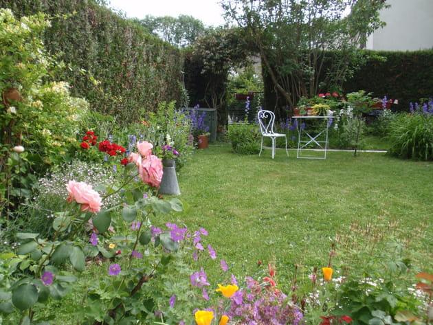 Vos plus beaux jardins en t for Deco jardin fleuri