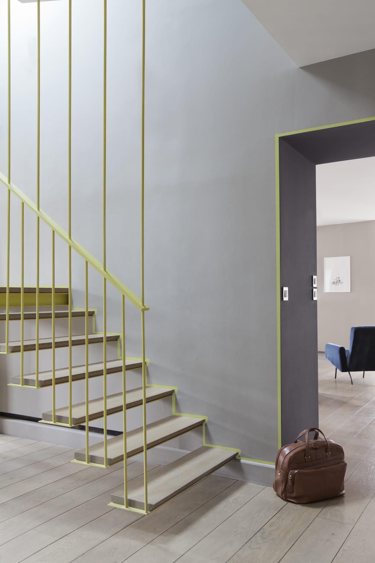 des touches de couleur. Black Bedroom Furniture Sets. Home Design Ideas